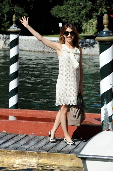 Isabella Ragonese in Moschino cheap and chic