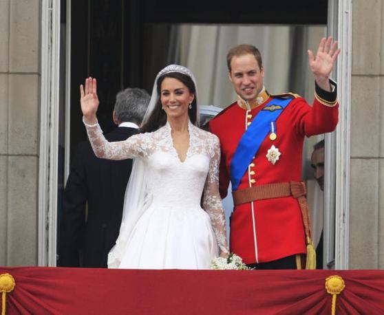 nella foto William e Kate nel giorno delle nozze