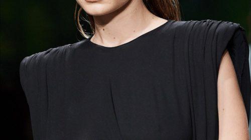 Gigi-Hadid-sfilata-Versace